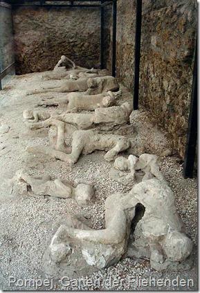 512px-Pompeii_Garden_of_the_Fugitives_02