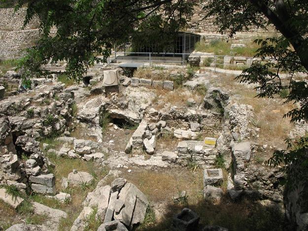 Pool_of_Bethesda_ruins_2272_(516919910)