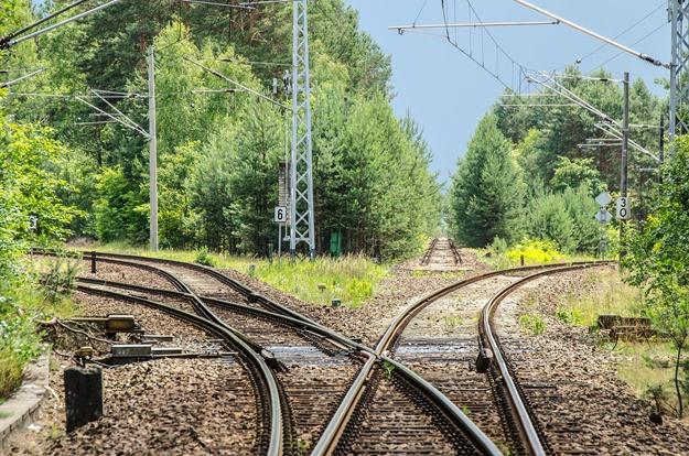 railway-2100353_1920